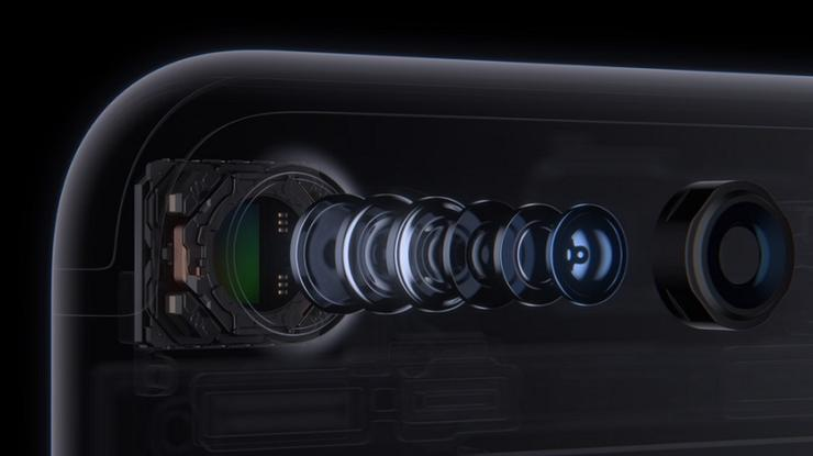 515745-iphone-7-camera