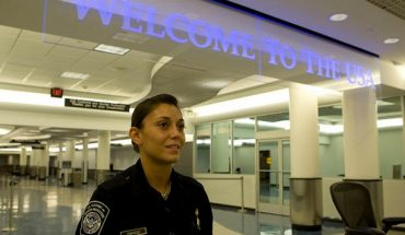 Tablet, Laptop, Smartphone Inspections at U.S. Canada Border
