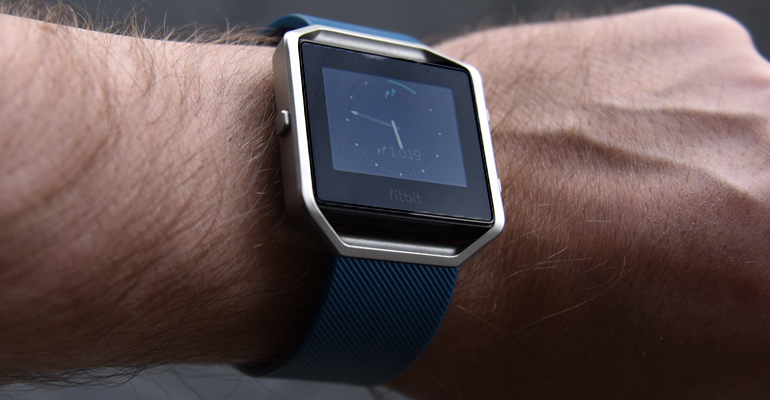 Review: Fitbit Blaze tries to 'fit in' everywhere | WYT - Canadian