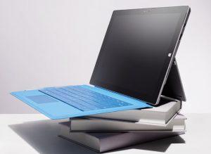 CR082K14-Laptop-books