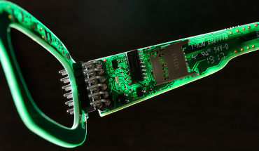 computer graphic of eyeglasses shows embedded technology