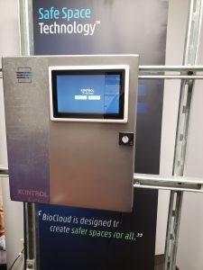 Kontrol air monitoring device